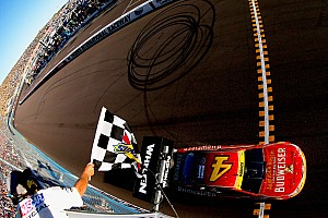 NASCAR Cup Race report Harvick wins as Newman knocks Gordon out of the Chase