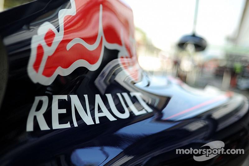 Renault wants to halve gap to Mercedes in 2015