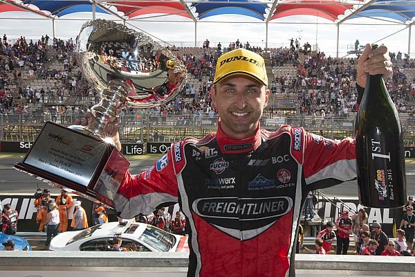 Supercars Coulthard se lleva triunfo en Adelaide