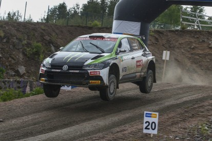 "Oliver Solberg gewinnt ""Lockdown""-Rallye in Schweden"