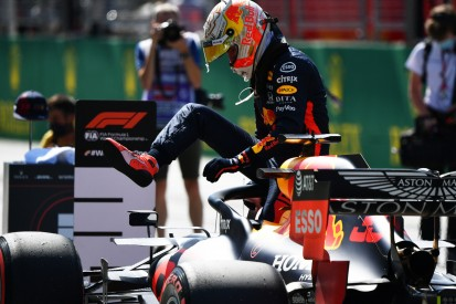 Ausfall nach elf Runden: Der Red Bull von Max Verstappen geht ein!