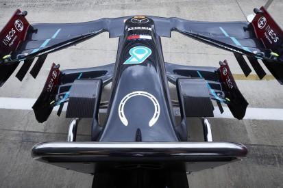 Silverstone: Mercedes mit Stirling-Moss-Tribut auf dem Auto
