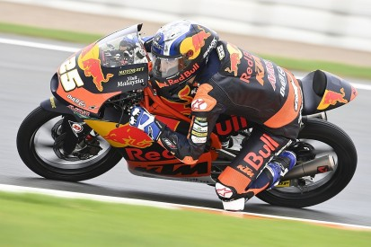 European Moto3: Fernandez wins as Arenas disqualified after early collision