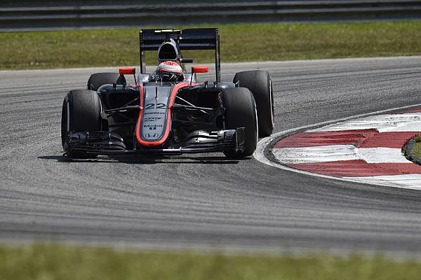 Q1 - McLaren pas touché par la foudre!