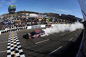 NASCAR Cup Race report Hamlin holds off charging Keselowski in wreck-filled Martinsville race