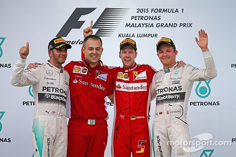 "Hamilton: ""Ferrari a aussi progressé grâce au châssis"""