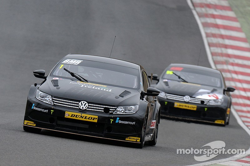 Turkington leads BMR charge in second practice