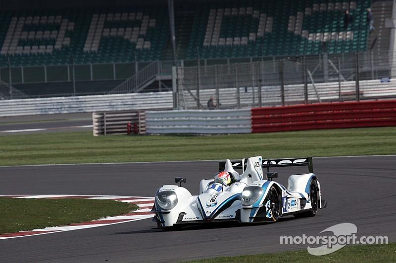 Dramático triunfo de Greaves Motorsport en Silverstone