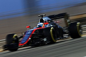 Formula 1 Race report McLaren-Honda almost scored its first point of the season in Bahrain