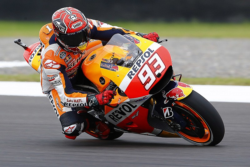 Marquez gets green light to race at Jerez