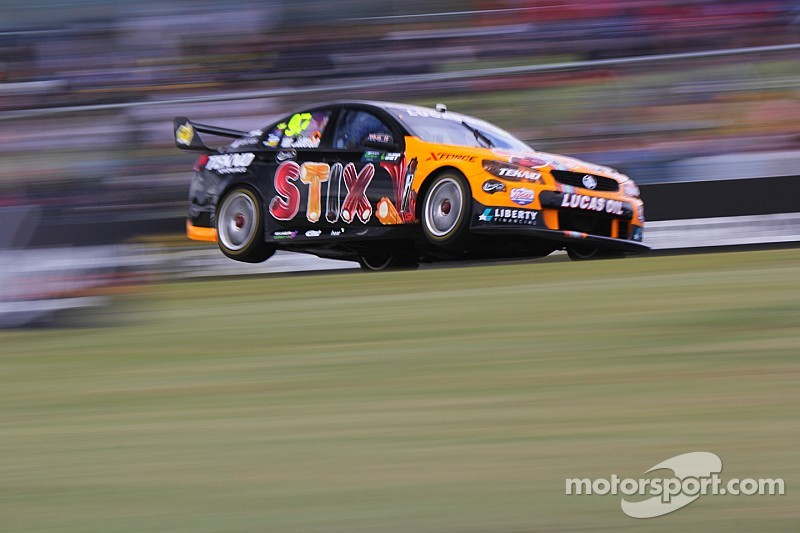 Van Gisbergen unfazed by legend team-mates