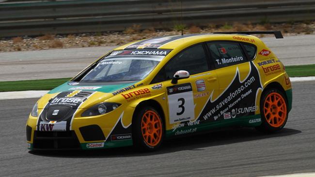 Monteiro dalla pole alla vittoria in gara 1