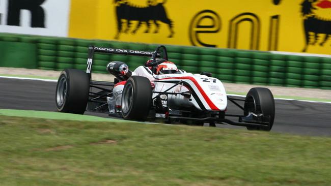 Caldarelli ritrova la vittoria in gara 1 al Mugello