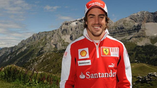 Alonso dalle ferie carica la Ferrari