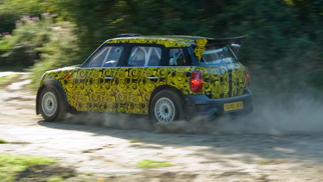 Primi chilometri per la Mini Countryman WRC
