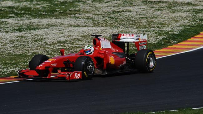 Bianchi e Rigon in pista al Mugello con la Ferrari F60