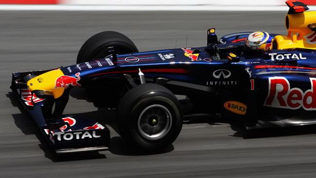Vettel conquista la terza pole di seguito