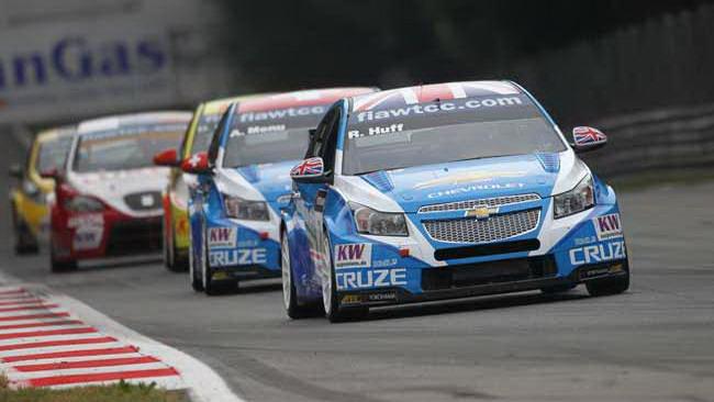 Huff, Muller, Menu: tris Chevrolet nelle qualifiche