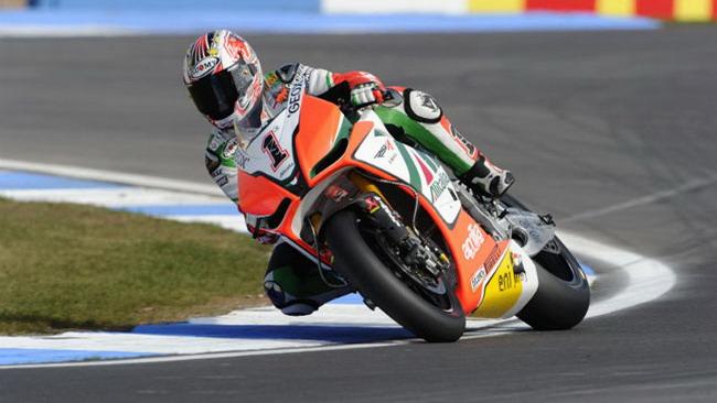 Max Biaggi conquista la Superpole a Brno