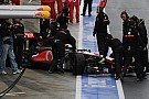 McLaren e Sauber multate per i guai ai box