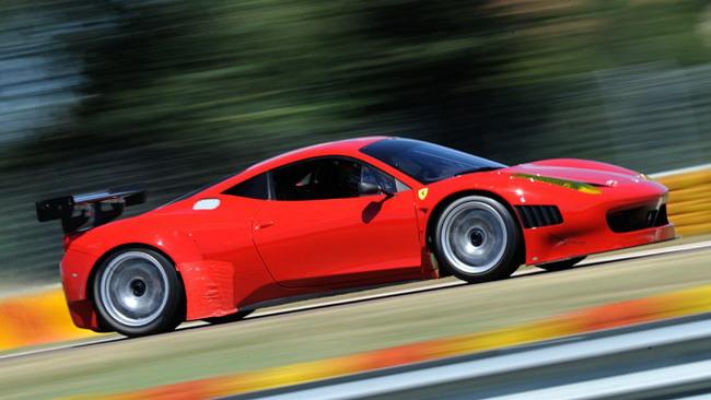 Travis Pastrana con AF Corse e Ferrari in Grand-Am