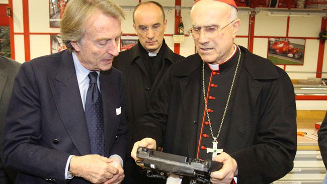 Il cardinal Bertone ha già visto la Ferrari 2012!