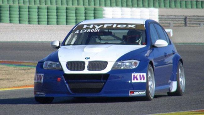 ROAL Motorsport al lavoro al completo a Valencia