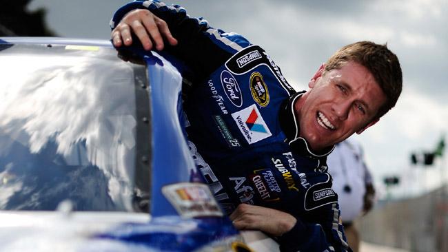 Edwards conquista la pole della Daytona 500