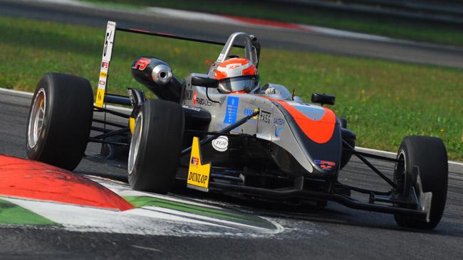 Niccolò Schirò rinnova con la RP Motorsport
