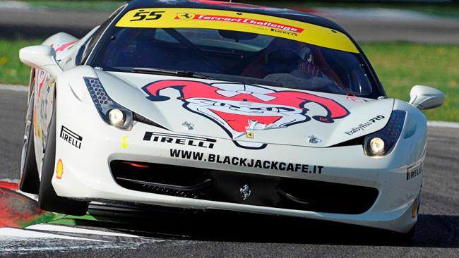 Cadei firma le due pole nel Trofeo Pirelli