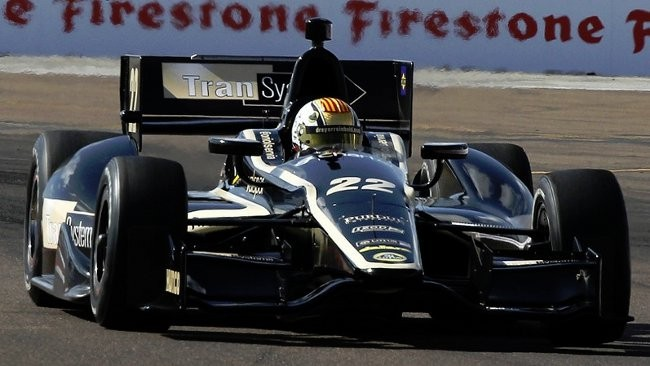 La Lotus non ha abbastanza motori per i test