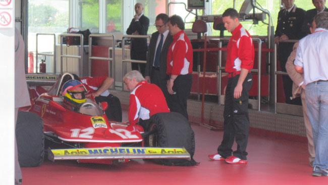 Ecco Jacques Villeneuve sulla Ferrari di Gilles!