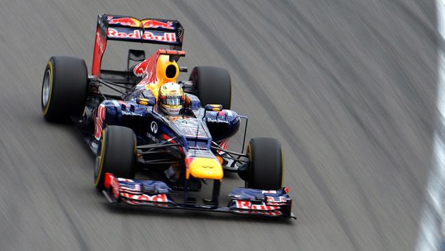 Vettel penalizzato per il sorpasso su Button!