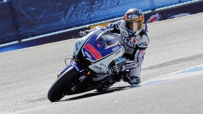 Lorenzo soffia pole e record di Laguna Seca a Stoner