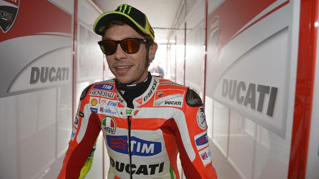 Ducati rilancia per convincere Valentino a restare