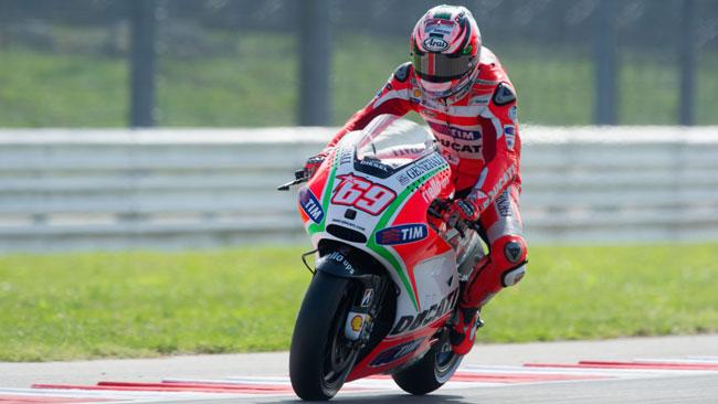 Aragon, Libere 1: doppietta Ducati con gli altri ai box