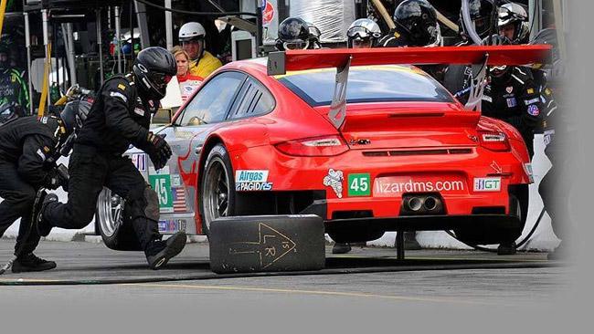 La Flying Lizard Motorsport scende in classe GTC