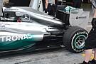 Mercedes con il cofano motore maggiorato