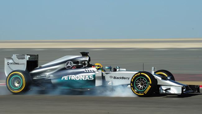 La Mercedes in fuga, Ferrari e Renault inseguono