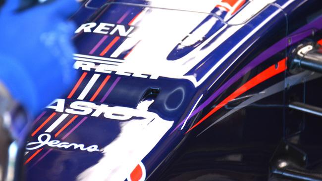 Red Bull RB10: la telecamera nascosta nel muso!