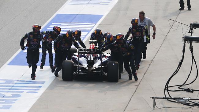 La doppia punizione di Ricciardo deve far riflettere