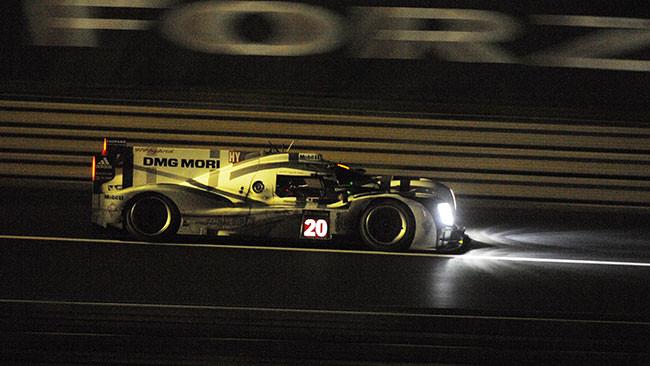 Le Mans, 13° Ora: la Porsche torna in zona podio