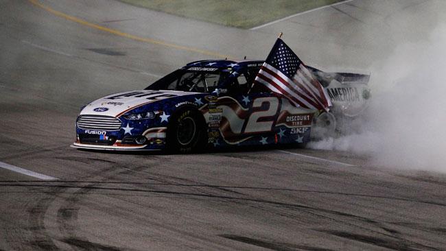 Brad Keselowski domina al Kentucky Speedway