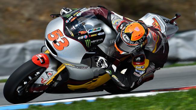 Brno, Qualifica: Rabat in pole, batte il record della pista