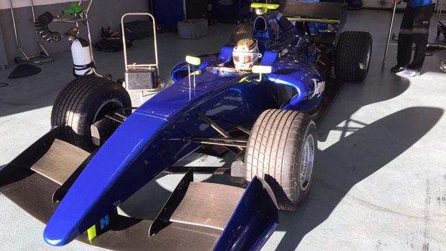 Primo test con la Formula Renault 3.5 per Giovinazzi