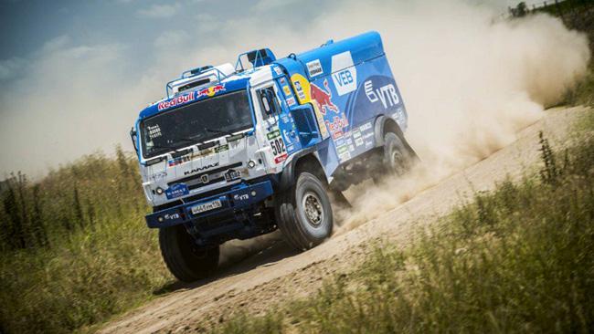 Dakar, Camion, Tappa 2: vince Nikolaev, in testa Stacey