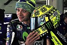 Sepang, un casco... invernale per Rossi!