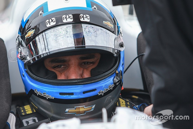 Points leader Montoya fastest in Practice 1