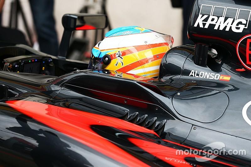 """Alonso - """"Räikkönen a perdu le contrôle de sa voiture"""""""