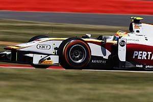 Haryanto mantém a ponta na largada e vence tranquilo em Silverstone
